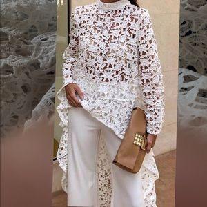 Gorgeous crochet white long short top